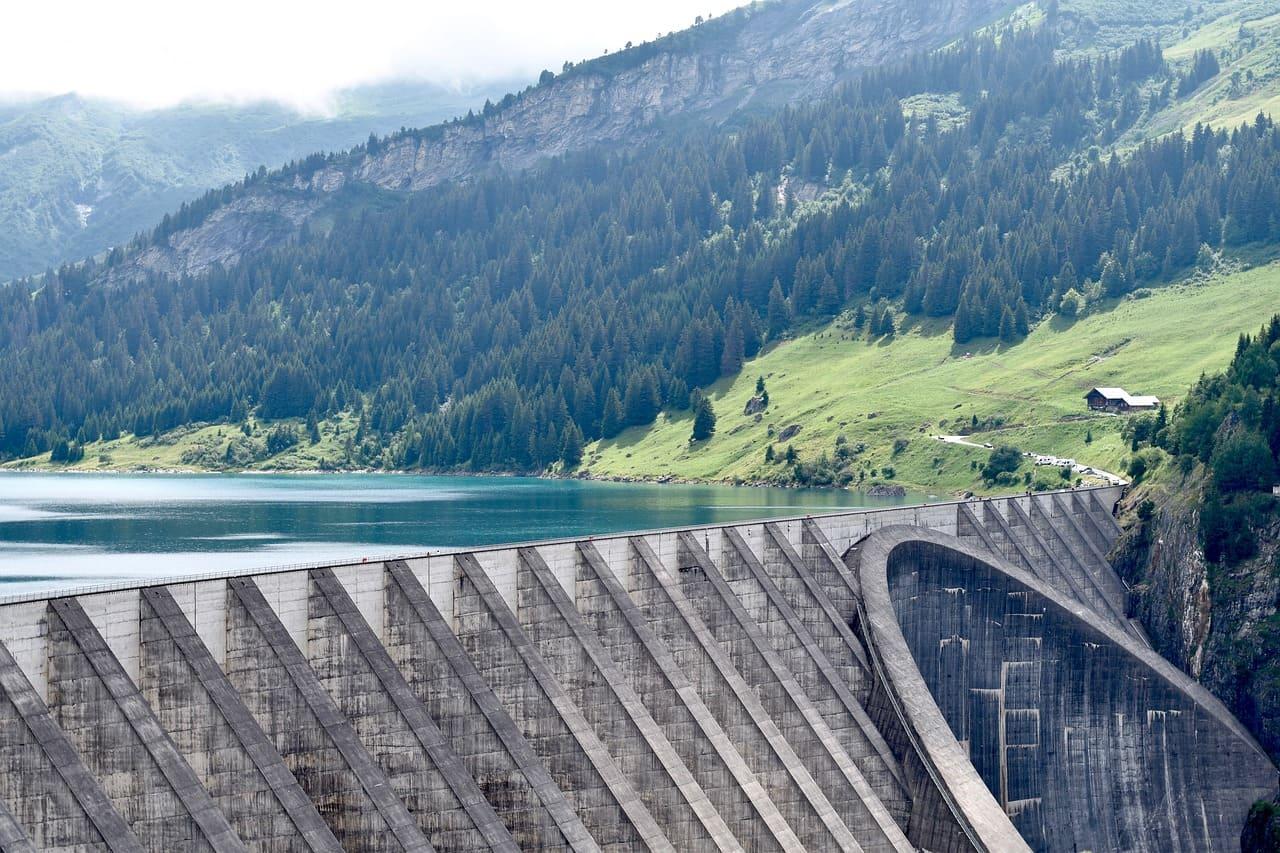 dam structure large
